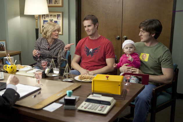 A scene from Raising Hope - Mongoose - Season 1, Episode 17.