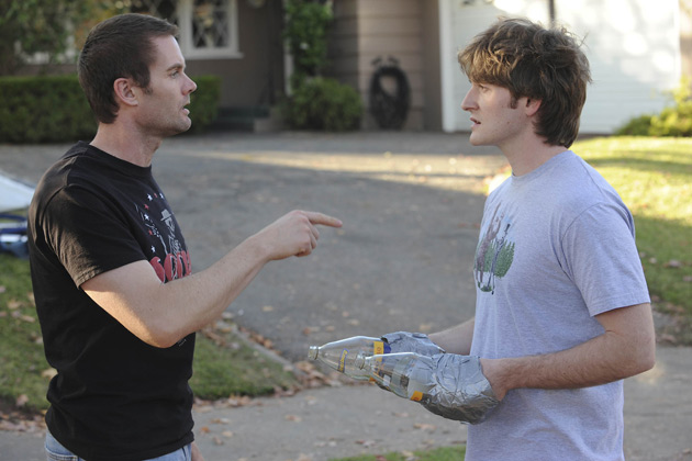L-R): Burt (Garret Dillahunt) and Jimmy Chance (Lucas Neff) in RAISING HOPE.