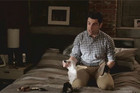 New Girl - Schmidt helps Nick choose clothes