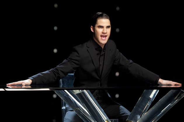 "Blaine performs ""It's not right, but it's ok"" in the Whitney tribute episode."