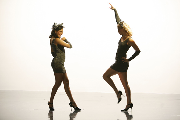 "Brittany and Santana perform ""I wana dance with somebody"" by Whitney."