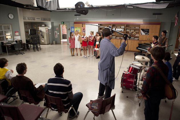 Behind the Scenes - The cast get ready to shoot a scene in the choir room.